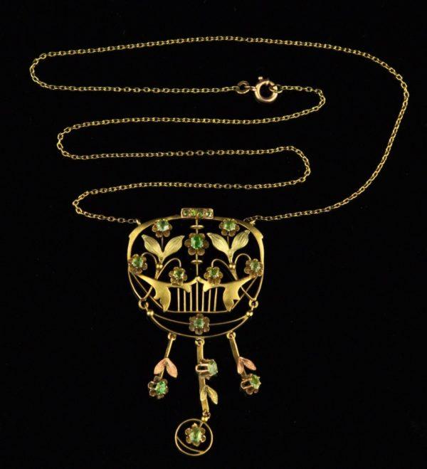 Antiiikne Tsaari-Vene juugend kaelakee, kuld 56, dermantoidid