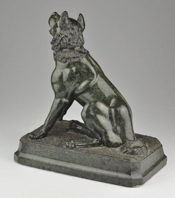Antiikne figuur Koer, marmor
