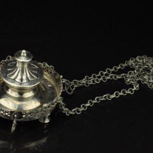 Antiikne küünlaalus-lambada MÜÜDUD