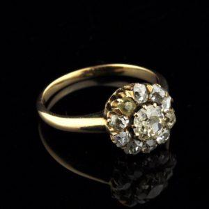 Antiikne kuldsõrmus 585 briljantidega 13670 C408