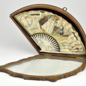 Antiikne lehvik karbis 19 saj, luu, guashi joonistus Inglise