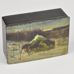 Antiikne pappjeemasjee karp