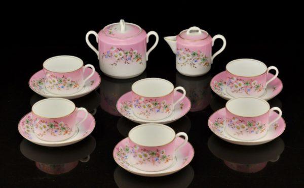 Antiikne portselanist roosa serviis 20 saj.algus, 17 eset