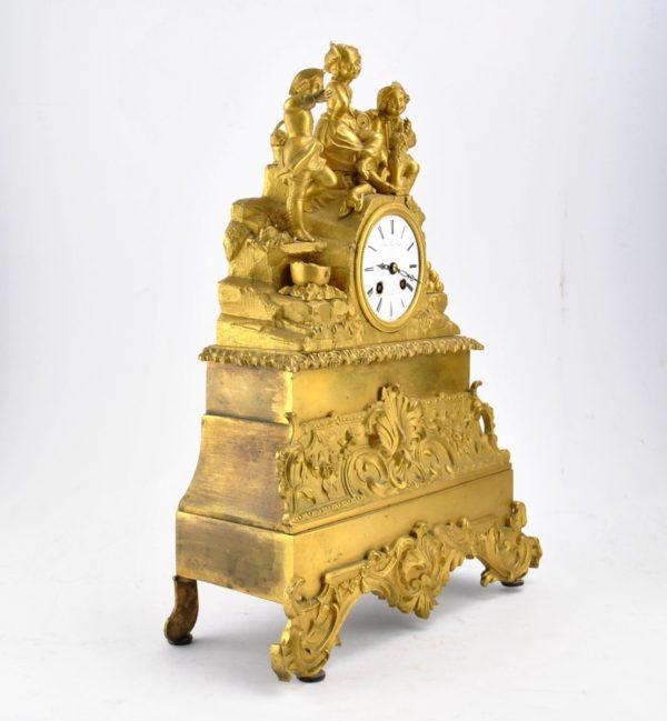 Antiikne pronksist lauakell