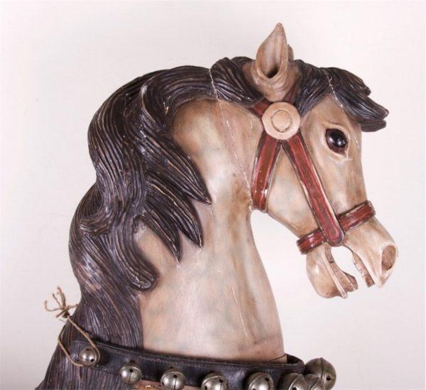 Antiikne puidust hobune