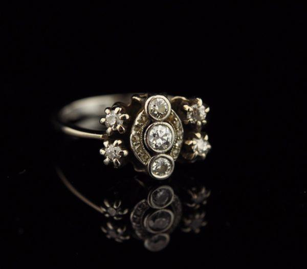 Antiikne sõrmus - 750 kuld, briljandid