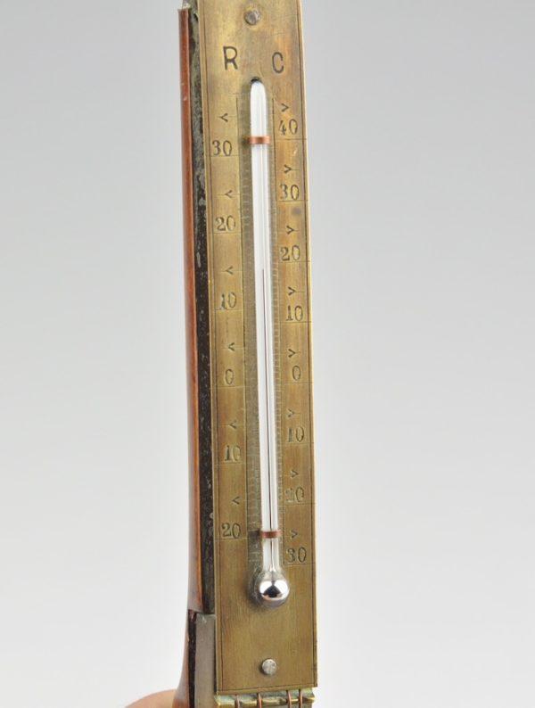 Antiikne termomeeter - balalaika