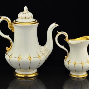 Antique porcelain coffee pot, cream sauce and sugar cane Meissen 19th century.