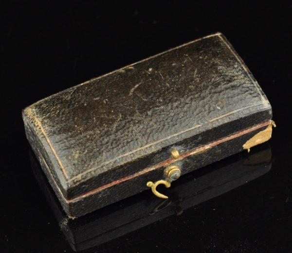Antique aadrilaskmise vahend originaal karbis
