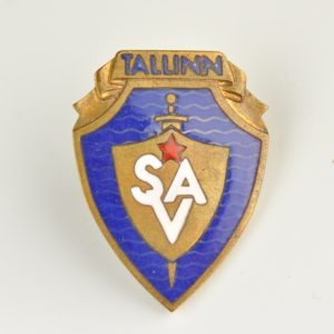 Estonian badge