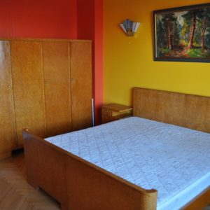Funkstiilis karjalakasest magamistoa komplekt 1930a