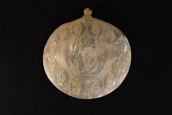 Graveeritud pärlmutter ikoon