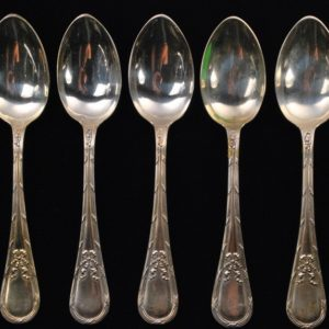 Silver spoons 5pieces.