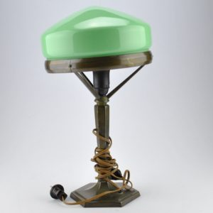 Art Nouveau table lamp green dome