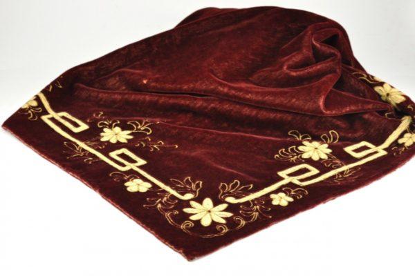 Art Nouveau velvet as a tablecloth