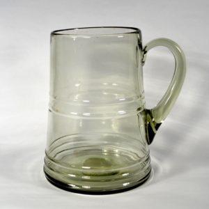 Klaasist õllekann, Lorup