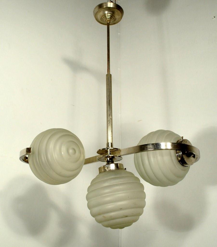 ee4489b24fe Kolme kupliga Art Deco stiilis laelamp - Idla Antiik