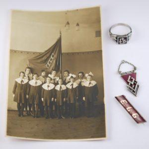 Lenderi gümnaasiumi koolimärk, sõrmus, foto