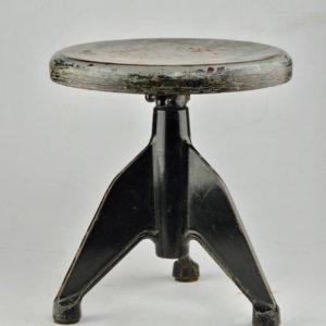 Metallist klaveritool