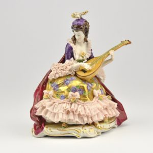 Porcelain shape Female with mandolin