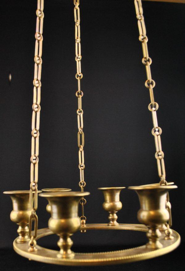 Pronks küünla laelamp