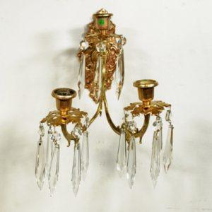 Pronksist kandelaaber kristallidega