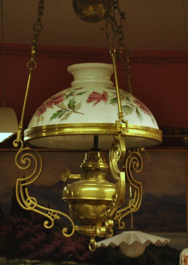 Pronksist laelamp