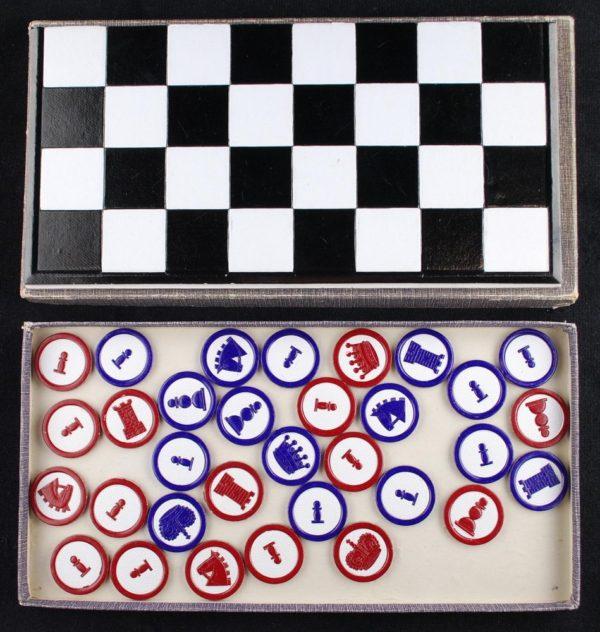 Schach-Dame und Mühle - kabe ja male
