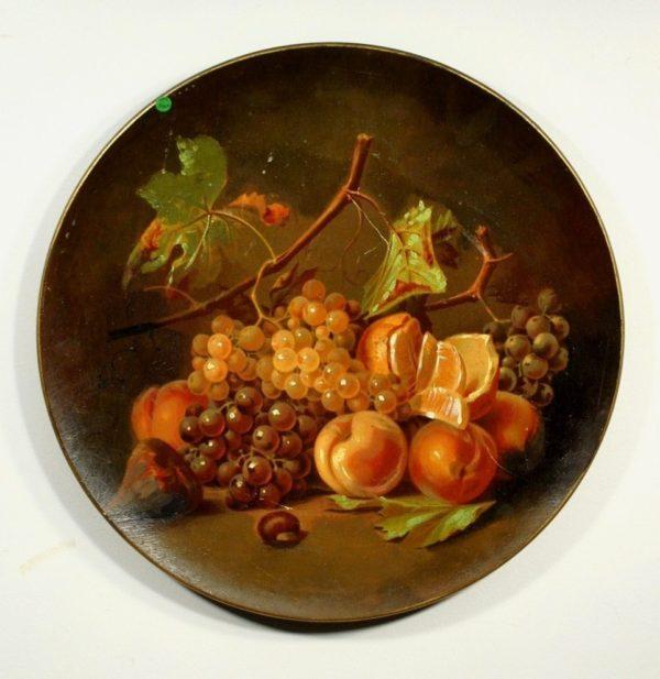 Suur käsimaalinguga terrakota seinataldrik puuviljadega