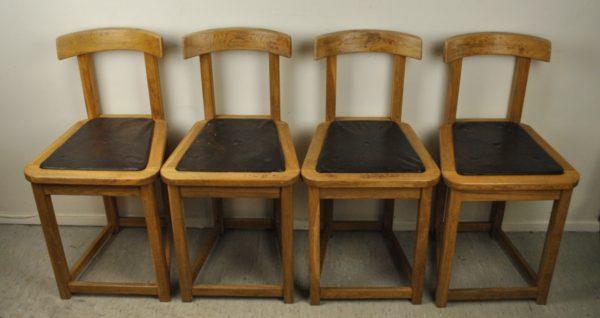 Tammest 4 tooli nahaga