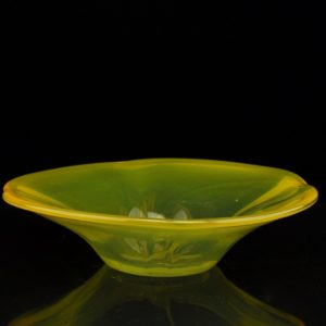Tarbeklaas yellow dish, glass