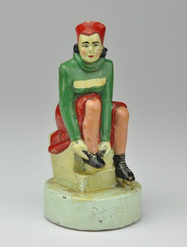 Uisutaja kuju,keraamika Venemaa
