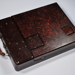 Vana elektri õmblusmasin bakeliit korpusega 10556 Len:12438