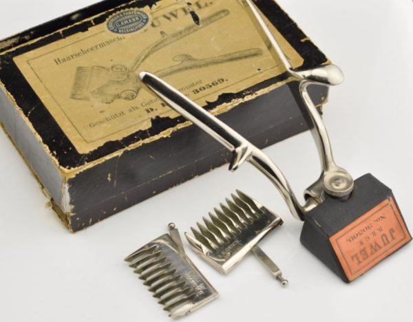 Antique hair cutter