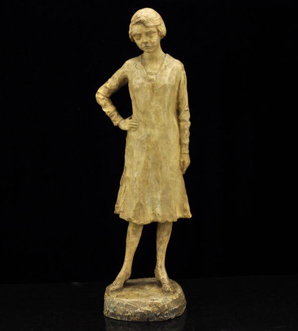 Nõukogude aegne keraamiline naise kuju