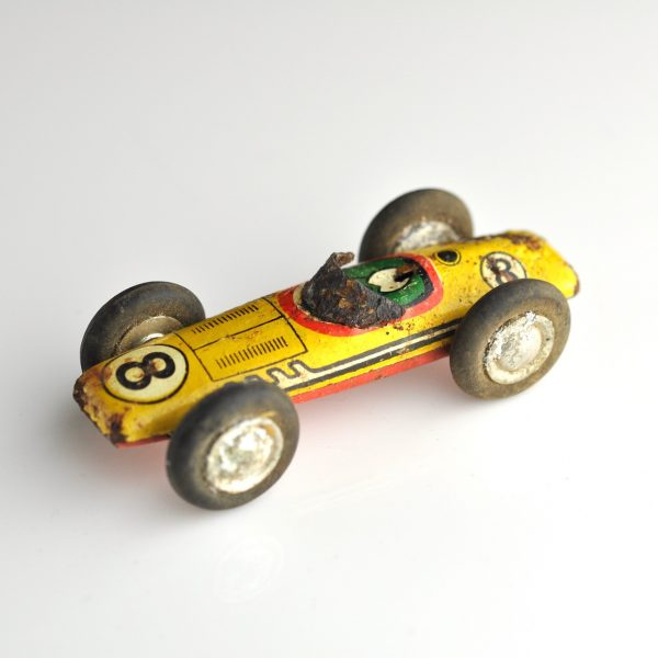 Mänguasi - Võidusõidu auto