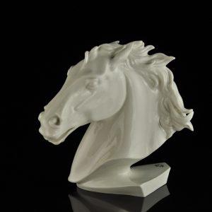 Portselanist hobuse kuju, Karl Ens