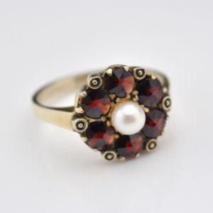 Antiikne sõrmus, hõbe, pärl, granaadid
