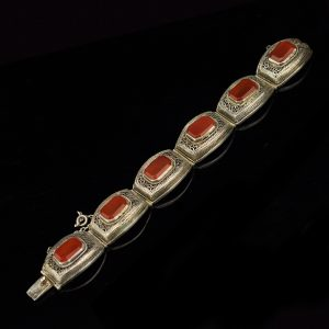 Antique chinese silver filigree bracelet with agate
