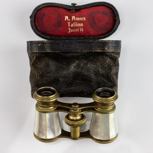 Antique Estonian theatre binocular A.Amos Tallinn Jaani 11