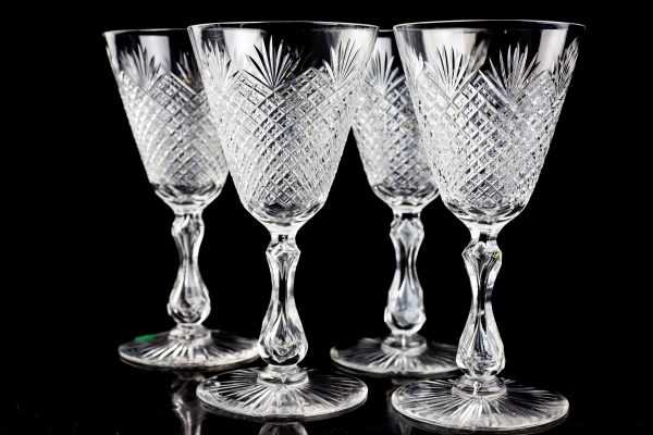 Kristall veini pokaalid 4 tk