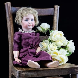 Antiik portselan nukk