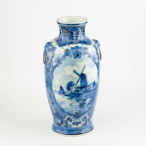 Antiikne portselan sinine vaas