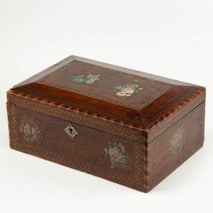 Antiikne puidust karp