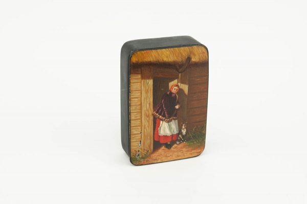 Antiikne papjeemashjee karp