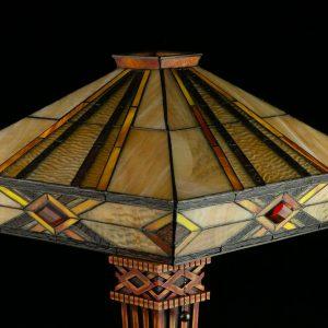 Laualamp Tiffany stiilis