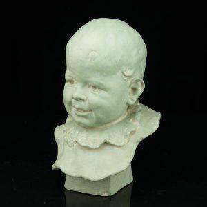 Keraamiline büst Naeratav laps,Rob Stigell Porvoo