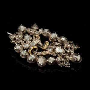 Antique 18th century white gold brooch with diamonds
