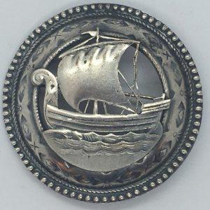 Metallist Viikingilaevaga sõlg
