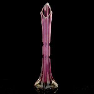 Juugend klaasist lilla vaas